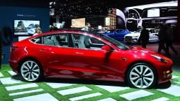 Tesla liefert erste Model 3 in Deutschland aus