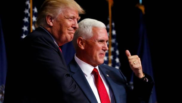 Sogar der eigene Vize-Kandidat brüskiert Donald Trump