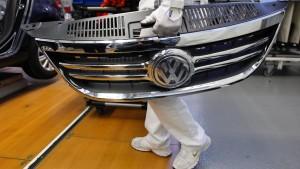 VW-Finanzvorstand kündigt Einsparungen an