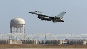 Südkoreas Militär feuert Warnschüsse gegen russischen Bomber
