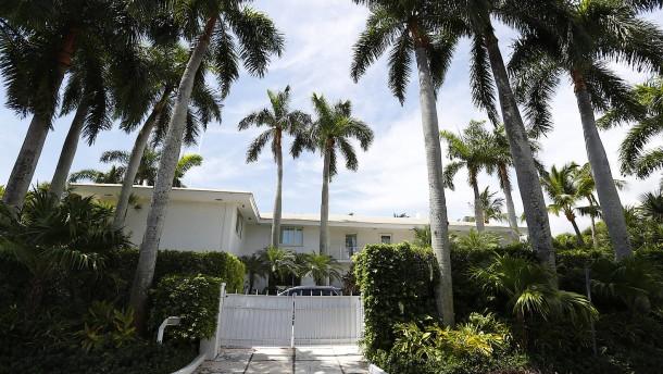 Jeffrey Epsteins Häuser stehen zum Verkauf