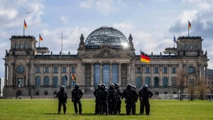 Berliner Polizei verbietet zwölf Corona-Demonstrationen