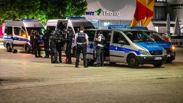"Bundesregierung kritisiert Begriff ""Stammbaumforschung"""