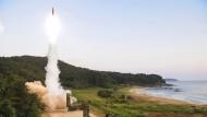Reaktion auf den Nachbarn: Südkorea startet eine Hyunmoo-2-Rakete.