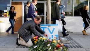 Student tötet offenbar aus Hass gegen Frauen sechs Menschen