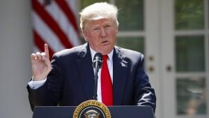 Dreiviertel der Amerikaner misstrauen Trumps Worten