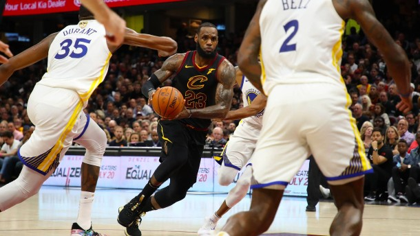 LeBron James wechselt zu den Lakers