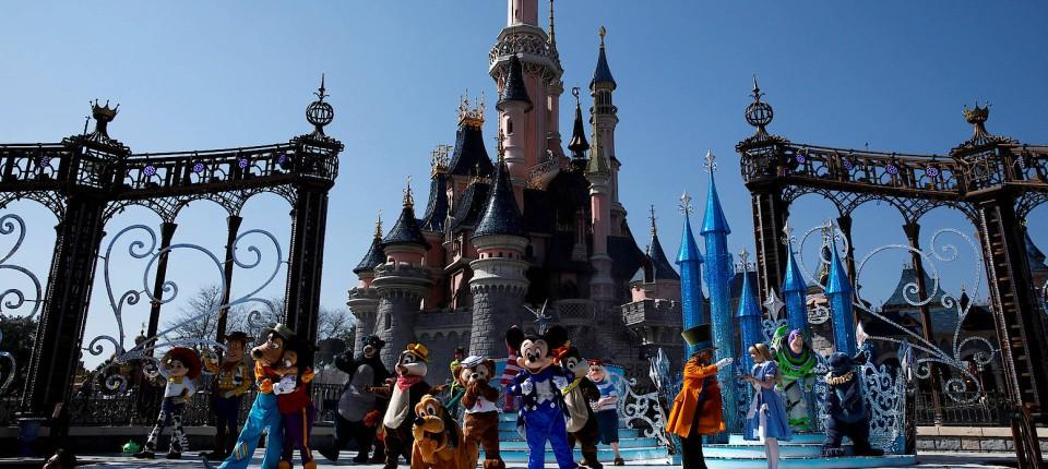 Nach Verdächtigen Geräuschen Panik Im Disneyland Paris