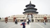 Neue Normalität in Peking: Besucher vor dem Himmelstempel