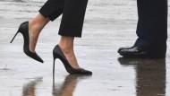 Auf dem Weg zur Air Force One: Die Präsidentengattin Melania in Stilettos