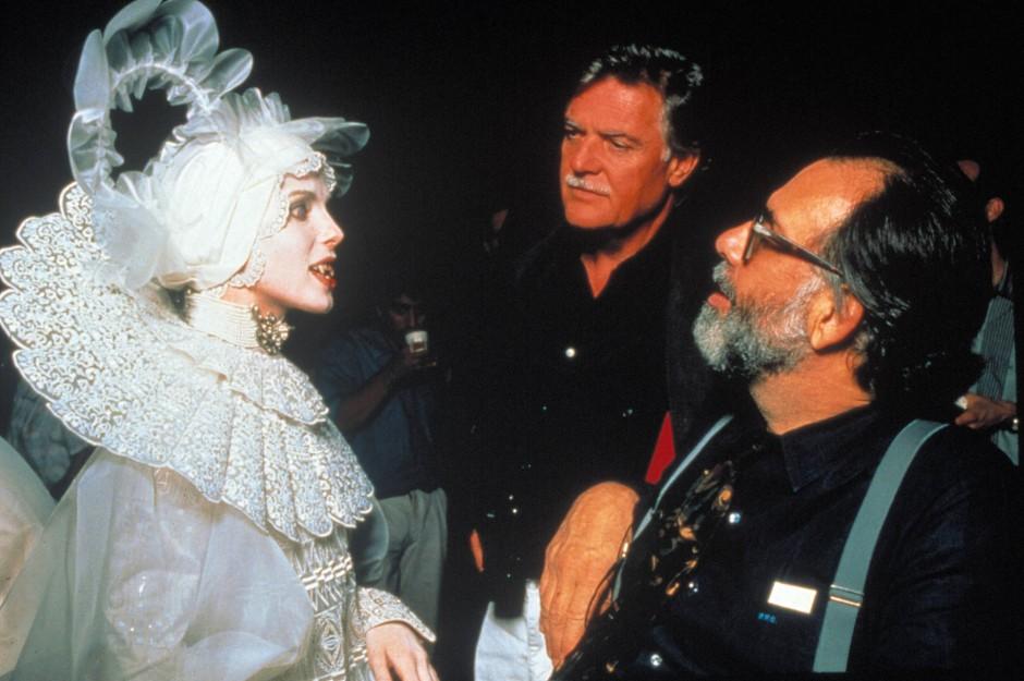 """Mit Francis Ford Coppola und Sadie Frost während der Dreharbeiten zu """"Dracula"""""""