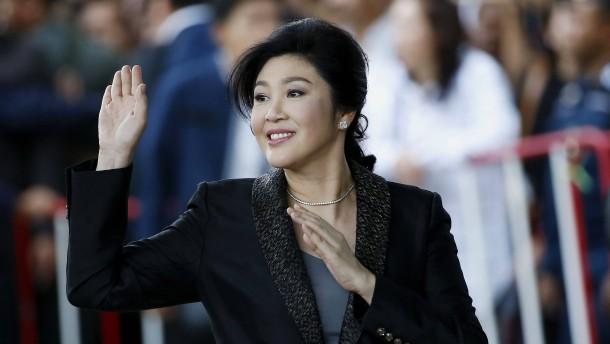 Thailands ehemalige Regierungschefin nach Dubai geflohen
