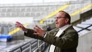 La-Ola-Investigation: Kommissar Schaller (Alexander Held) im Stadion