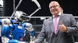 Altmaier hält deutschen Weltraumbahnhof für denkbar