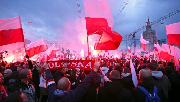 EU-Parlament zweifelt erheblich an Polens Rechtsstaatlichkeit