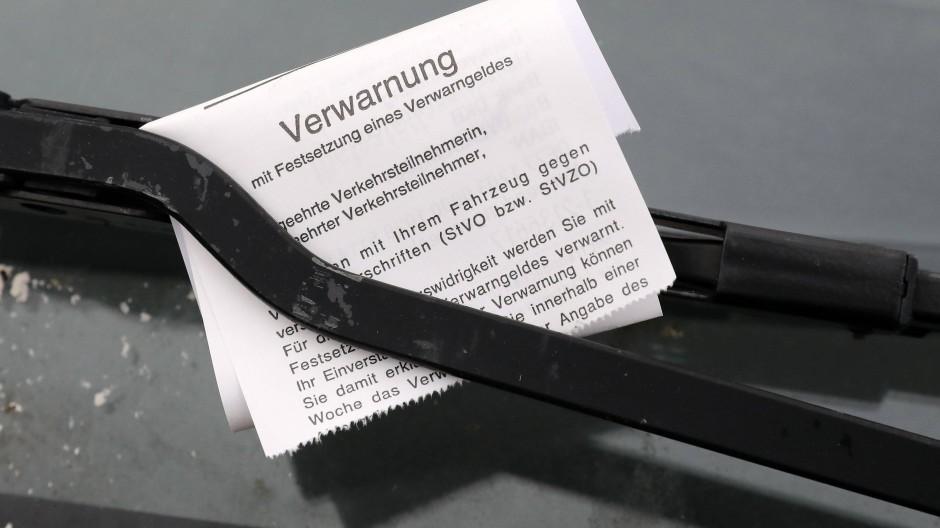 Streitfall: Die Knöllchen-Entscheidung des Frankfurter Oberlandesgerichts betrifft in der Stadt potentiell rund 34.000 Verfahren.