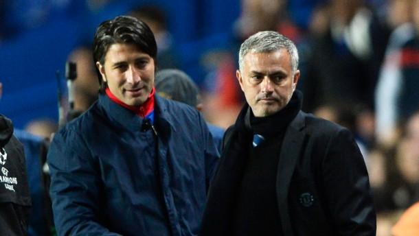 Sieg für Özil, Blamage für Chelsea
