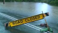 Hochwasser schneidet Ortschaften von der Außenwelt ab