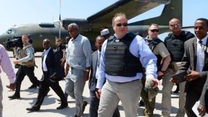 Entwicklungsminister Niebel sagt Somalia Hilfen zu