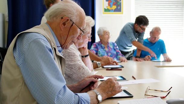 Die Alten entdecken das Internet