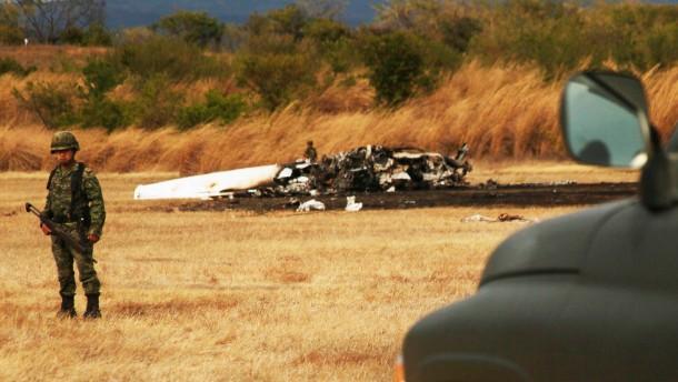 Acht Tote bei Flugzeugabsturz