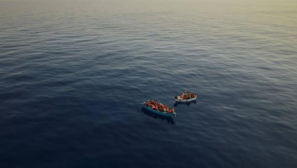 52 Tote bei Untergang von Migrantenboot