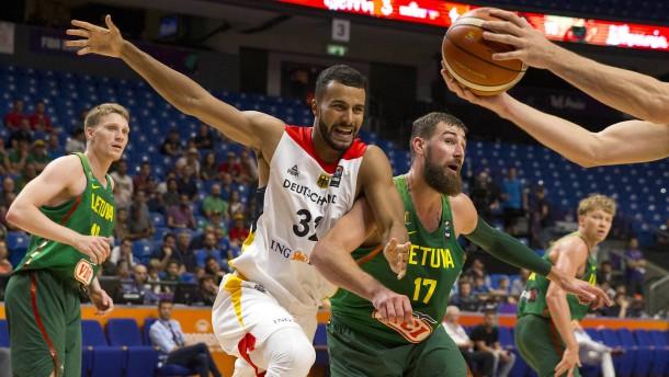 Deutsche Basketballer verpassen Gruppensieg