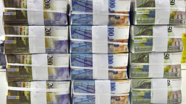 Großanleger wollen ins Bargeld flüchten