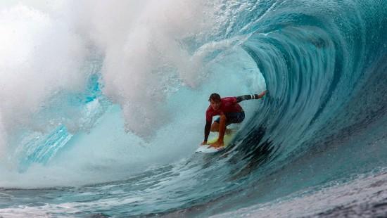 Profi-Surfer genießen perfekte Bedingungen