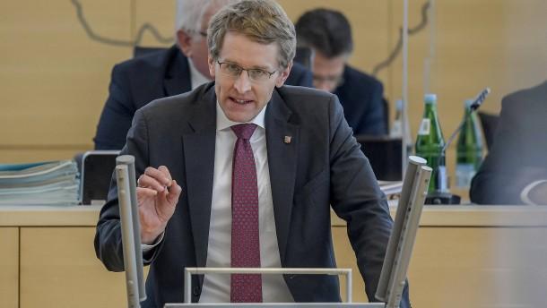 Ministerpräsident Günther kritisiert Corona-Beschlüsse