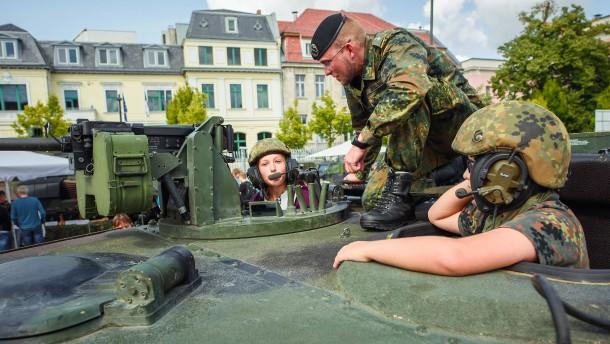 Wie die Bundeswehr künftig wachsen soll