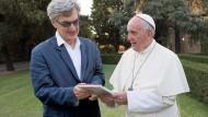 Papst Franziskus und der deutsche Regisseur Wim Wenders.