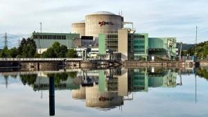 Schweizer wollen Atomkraftwerke nicht schnell abschalten
