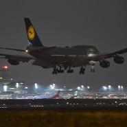 Hat Lufthansa nach dem Aus von Air Berlin ein zu starke Marktmacht? Das Bundeskartellamt will sich jedenfalls die steigenden Preise anschauen.