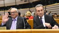 Immer geht es nur ums Geld: Juncker und Oettinger am Mittwoch im Europaparlament