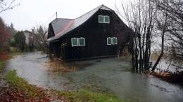 Hochwasser, Lawinen und abrutschende Hänge