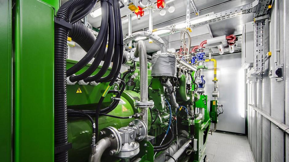 Reine Kopfsache: Der Motorblock des Heizkraftwerks bleibt gleich, angepasst werden Kolben und Einspritzung.