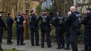 Weniger Terror-Ermittlungen gegen Islamisten, mehr gegen Rechts