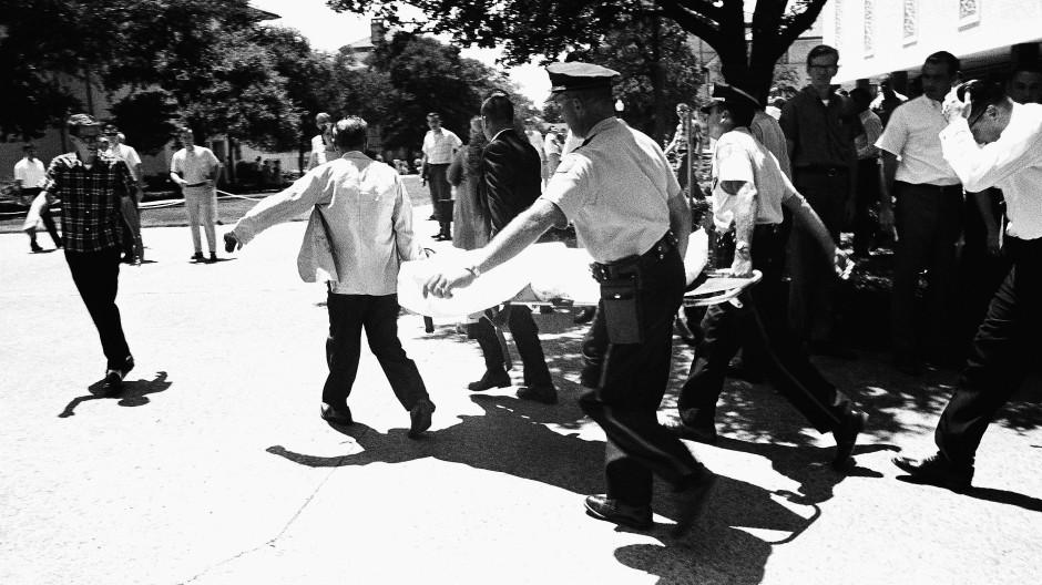 1966 eröffnete ein Angreifer auf dem Campus der University of Texas in Austin das Feuer.