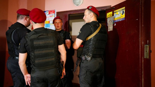 Kremlkritischer russischer Journalist in Kiew erschossen