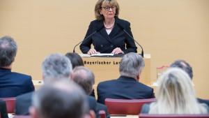 """Knobloch warnt vor """"Pogromstimmung"""" in den sozialen Medien"""