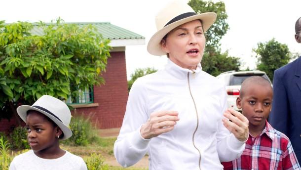 Madonna muss Kritik aus Malawi einstecken