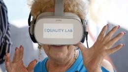 Virtuelle Realität erfüllt Seniorenträume