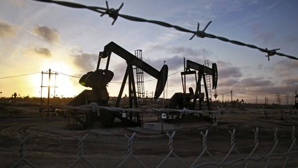 Ölstaaten einigen sich auf Förderkürzung