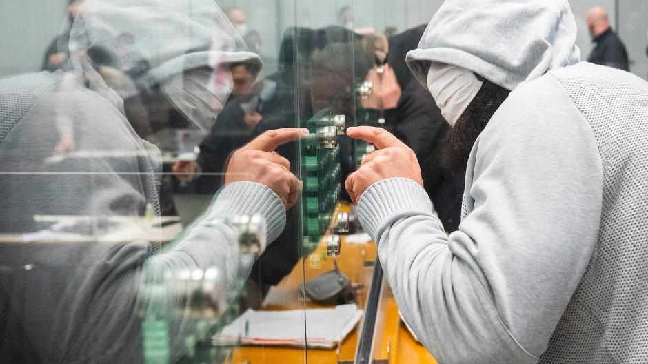 Abu Walaa im Hochsicherheitssaal des OLG Celle am 24. Februar 2021.