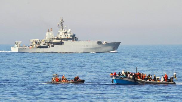 De Maizière schlägt Abschiebeabkommen mit Nordafrika vor