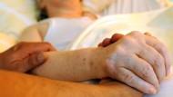 Die Sterbehilfe gerät in eine Schweigespirale