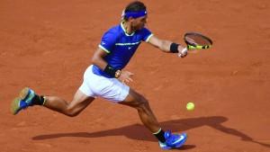 Nadal spielt groß auf, sein Gegner unterhält