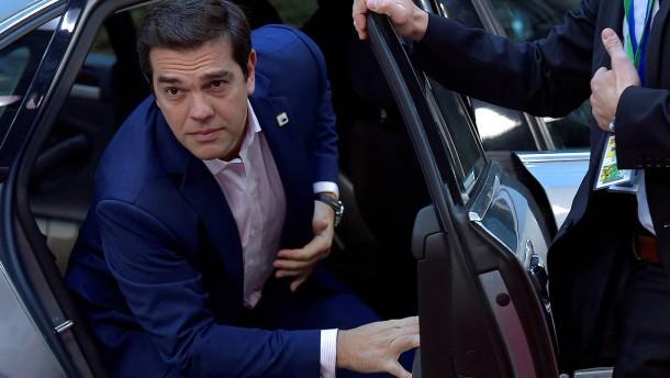 Tsipras tauscht gleich mehrere Minister aus