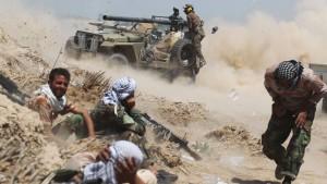 Zehntausende fliehen vor IS-Vormarsch